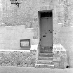 Valletta, Closed Doors